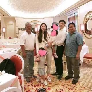 男友被抓?吴佩慈刚刚晒出这张照片了!但林允被曝搭上纪晓波是真的吗?